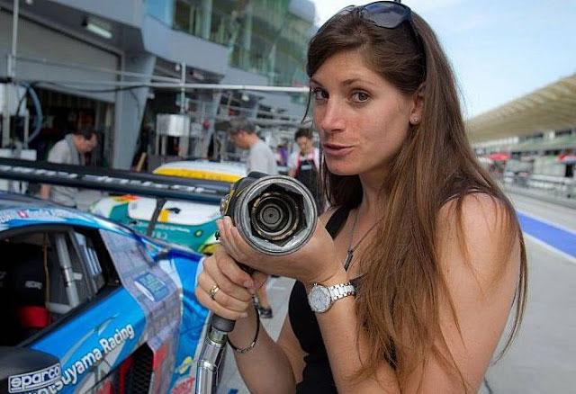 زیباترین زن اتومبیلران