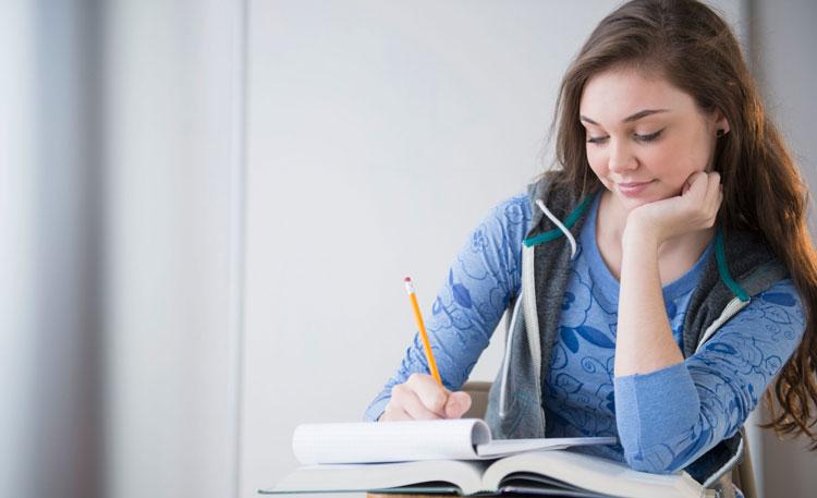 فواید مطالعه کردن