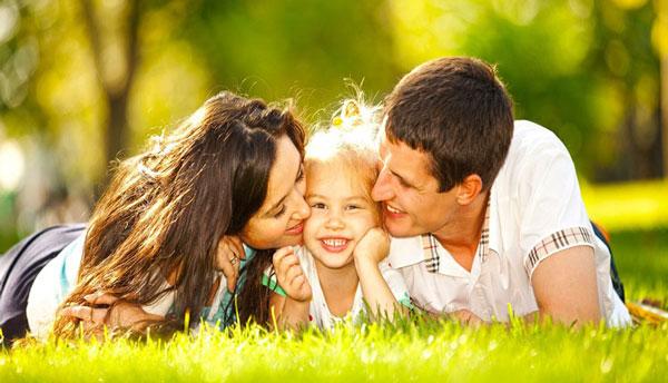 وظیفه خانواده در تربیت فرزندان