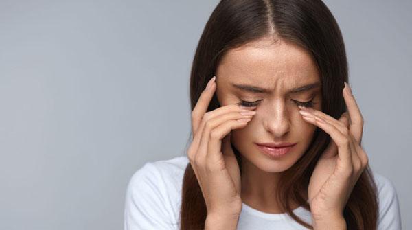 میگرن علت درد پشت چشم