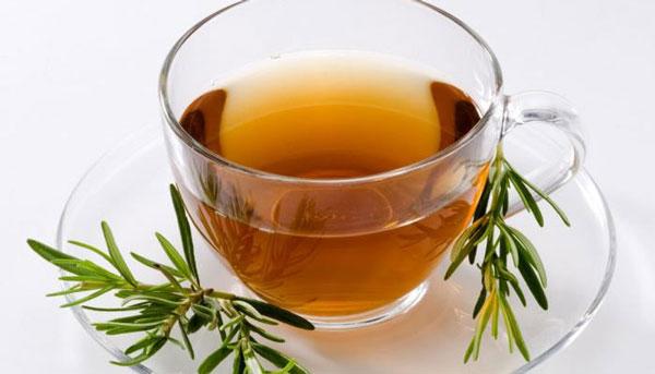 درمان التهاب یکی از مزایای گیاه رزماری