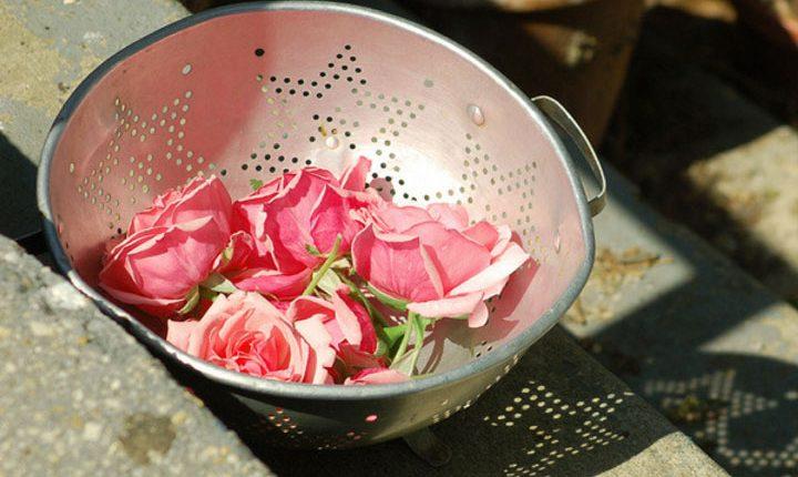 مربای گل سرخ