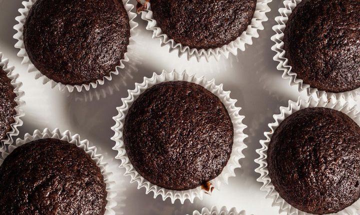 کاپ کیک شکلاتی