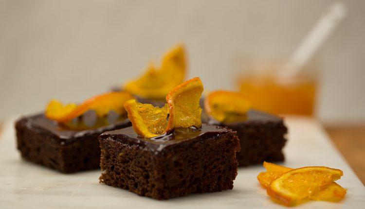 کیک شکلات و پرتقال