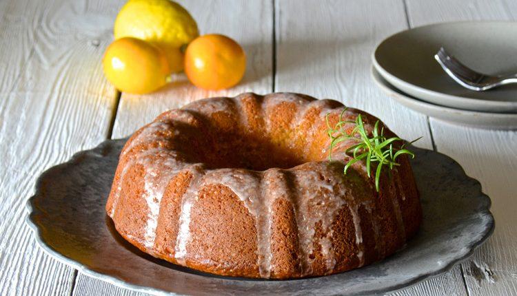 کیک زعفرانی با پرتقال