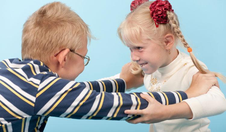 دفاع کردن کودک از خود