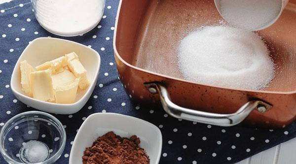 شیرینی بادام زمینی (بدون پخت)