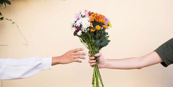گل بهترین هدیه روز زن