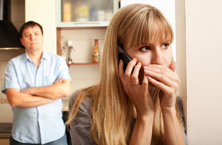 خیانت زنان به همسر