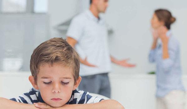 تاثیرات جسمی مشاجره والدین بر کودکان
