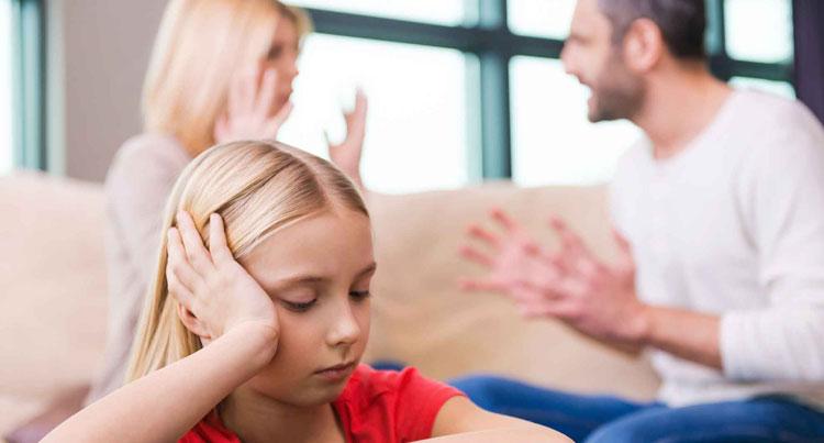 مشاجره والدین بر کودکان
