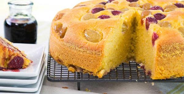 کیک شیره انگور یک کیک ساده با شیر