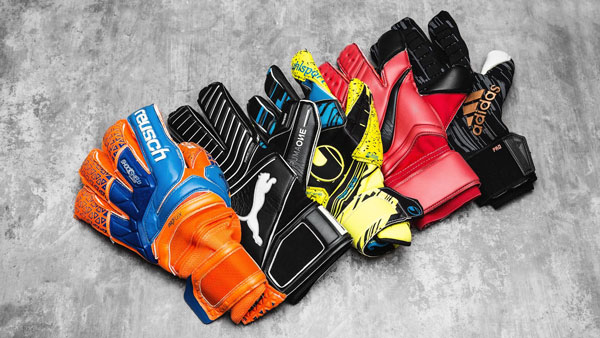 دستکش Adult Classic Pro شرکت Adidas بهترین دستکش دروازه بانی دنیا