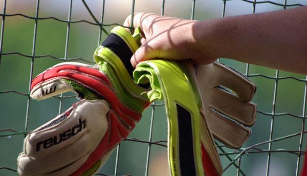 دستکش Match شرکت Nike بهترین دستکش دروازه بانی دنیا
