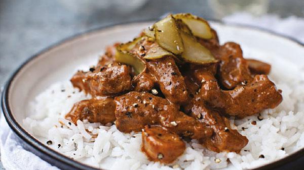 چلو گوشت درباری بهترین غذا برای مهمانی