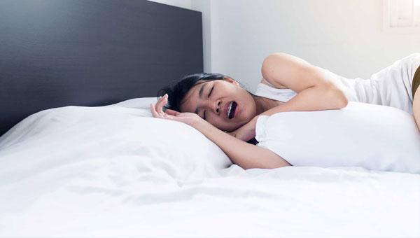 علائم حرف زدن در خواب