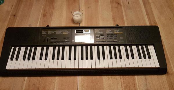 پیانو Casio ctk-2400
