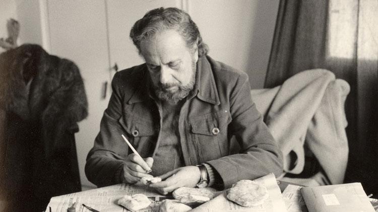 یانیس ریتسوس