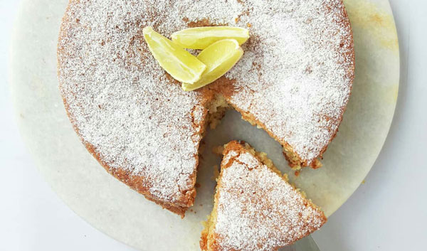 کیک پنیری خانگی با عطر لیمو