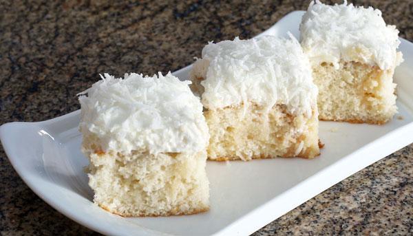 کیک نارگیلی ساده