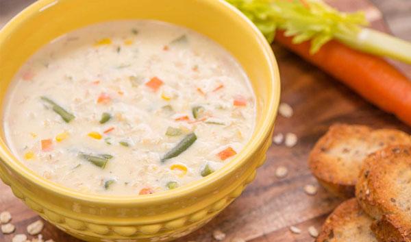 سوپ سبزیجات خامهای