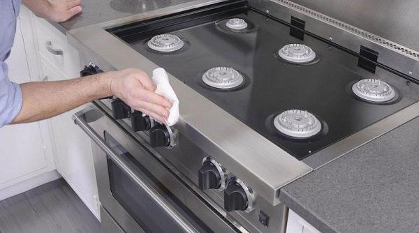 تمیز کردن چدن گاز با سرکه