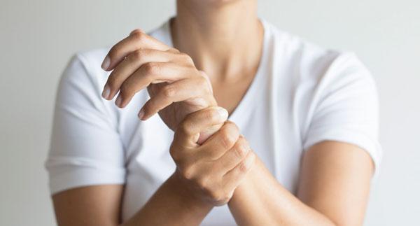 سندرم تونل کارپ از علل به خواب رفتن انگشتان دست