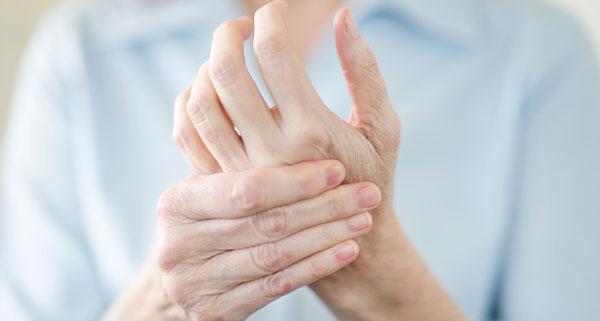 تشخیص به خواب رفتن انگشتان دست