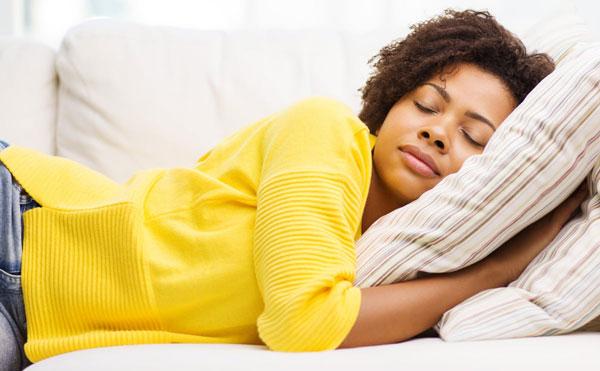 چرت روزانه و و اختلال در خواب شبانه