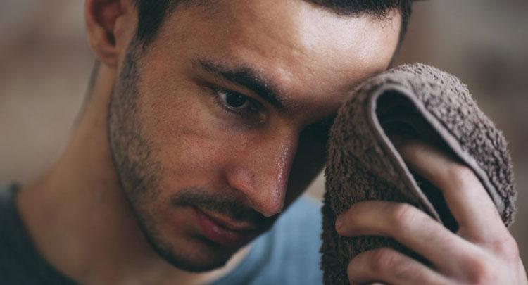 درمانهای خانگی جوش صورت در مردان