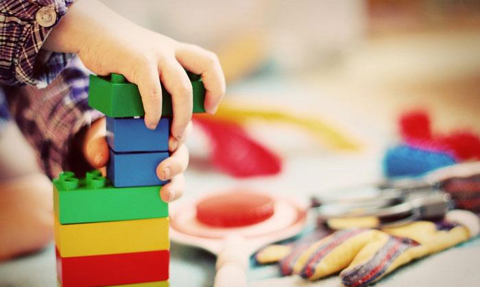 نحوه برخورد معلم با کودک بیش فعال