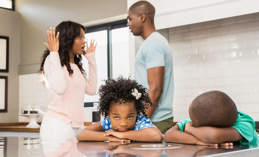 جلوگیری از از طلاق والدین