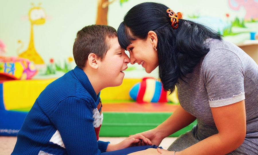 علائم اوتیسم در کودکان