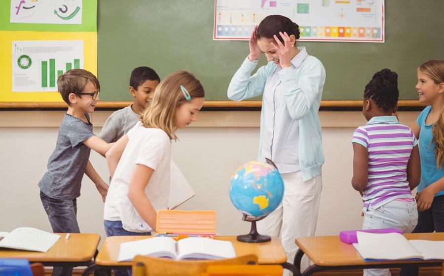 مشکلات تحصیلی کودکان بیش فعال